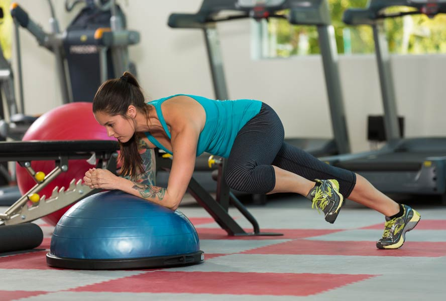Strengthen Your Core with This Ab Circuit Workout | Riana Rohmann | Expert Articles | 5/28/2014