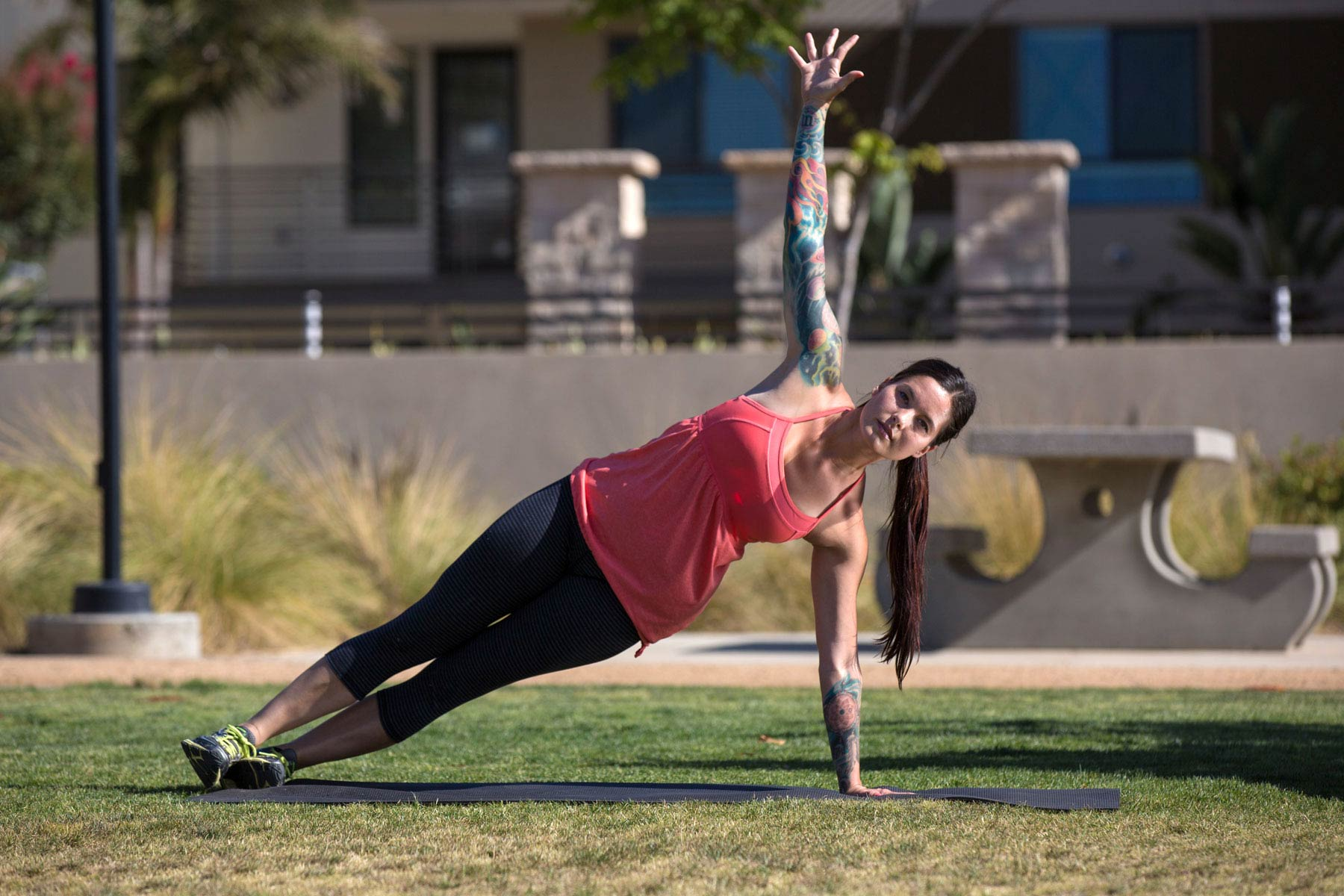 6 Moves for a Stronger Core | Sabrena Merrill | Expert Articles | 7/22/2014
